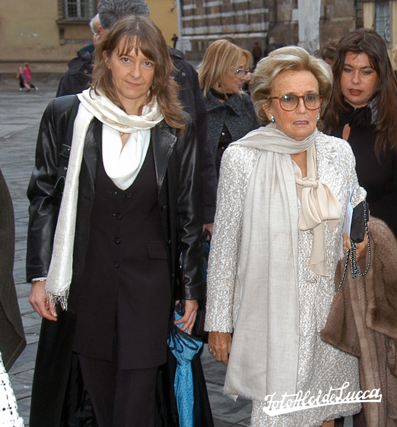 Lia accompanying Bernadette Chirac, wife of former French President, Jacques Chirac