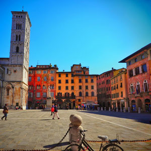 A Walking Tour of Lucca