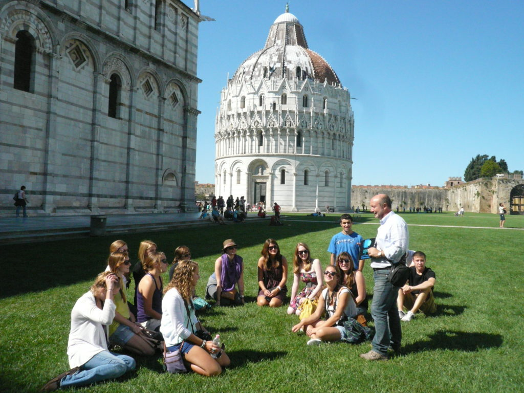 Our guide Gabriele at Piazza dei Miracoli
